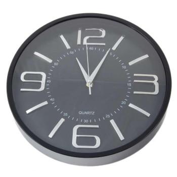 Елегантен стенен часовник със сребристи цифри