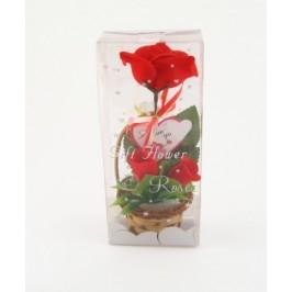 Красив букет три рози от плат в дървена кошничка с картичка сърце с послание