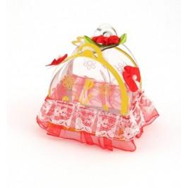 Красива подаръчна кутийка - 6х6х4см