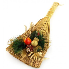 Коледна украса на метла с красиви декоративни борови клонки и шишарки