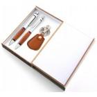 Красив подаръчен комплект от химикал, перомолив и ключодържател в стилна дървена кутия