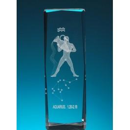 Безцветен стъклен куб с триизмерно гравирани зодии