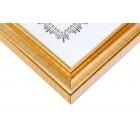 Красива златиста рамка, подходяща за снимки, грамоти, дипломи и други документи с размери А4