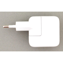 Зарядно - преходник за телефон