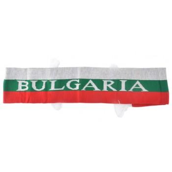 Двулицев шал с цветовете на българския трикольор с бели ресни