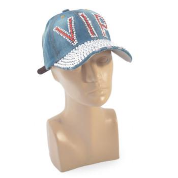 Спортна лятна шапка с козирка, декорирана с надпис VIP и цветни камъни