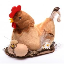 Декоративна фигурка - кокошка в гнездо с новоизлюпено пиленци
