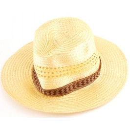 Плетена лятна шапка с текстилен кант