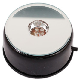Въртяща кръгла основа за стъклен куб, засилваща естетичния ефект
