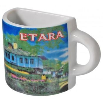 Сувенирна чаша с магнит, гравирана със Синята къща в Етъра