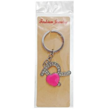 Сувенирен метален ключодържател - буква R с декоративни камъчета и розово сърце
