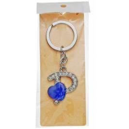 Сувенирен метален ключодържател - буква Р с декоративни камъчета и лилаво сърце
