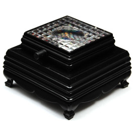 Светеща квадратна основа за стъклен куб, засилваща естетичния ефект