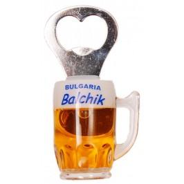 Декоративна фигурка с магнит - халба бира с отварачка и надпис Балчик