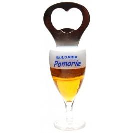Декоративна фигурка с магнит - чаша бира с отварачка и надпис Поморие