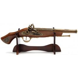 Сувенирен, дървен пистолет на поставка- ръчна изработка