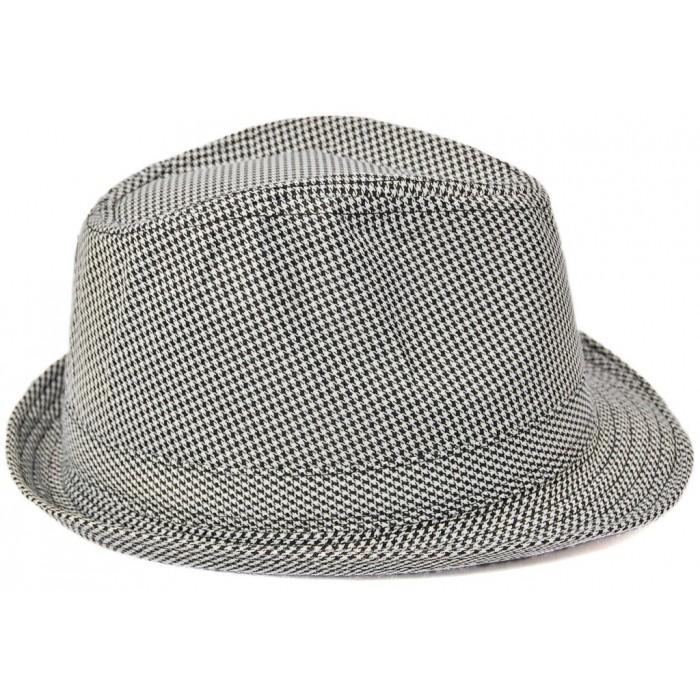 Лятна шапка от плат с малка козирка