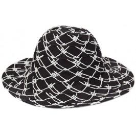 Красива двуцветна дамска шапка с голяма периферия - черно и бяло