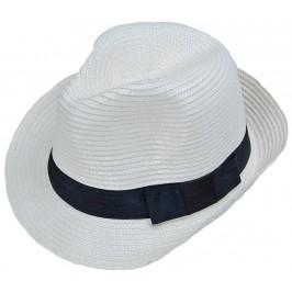 Красива плетена шапка с периферия извита нагоре