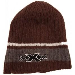Цветна плетена зимна шапка, декорирана с бродерия