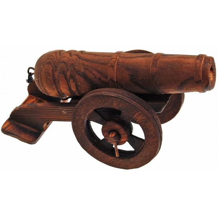 Сувенирна, дървена фигурка във формата на черешово топче с въртящи се колела