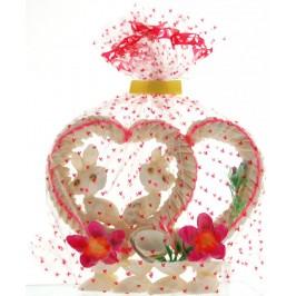 Декоративна фигурка - двойно сърце - изцяло направена от миди