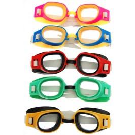 Очила за плуване, изработени от PVC материал