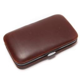 Компактен малък комплект за маникюр, удобен за всяка дамска чанта