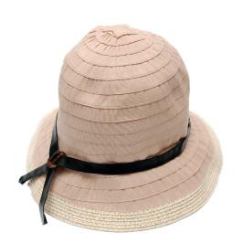 Красива платнена шапка с панделка и декоративен елемент, изработен от PVC материал