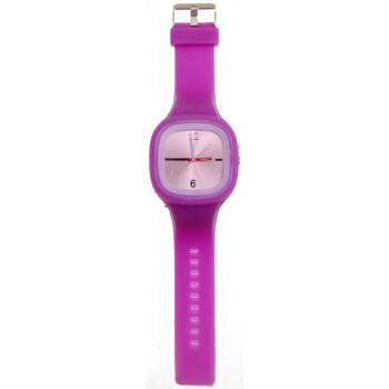 Ръчен силиконов часовник със спортен дизайн