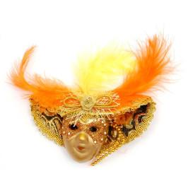 Декоративна фигурка маска за окачване, изработена от порцелан, текстил и естествени материали