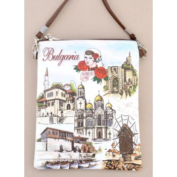 Сувенирна чантичка от изкуствена кожа с изобразени забележителности от Балчик, Варна, Несебър и Велико Търново и надпис България