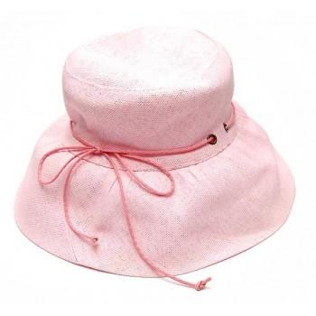 Красива дамска плетена шапка с панделка