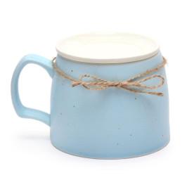 Керамична чаша за чай с капак, декорирана с конопена панделка