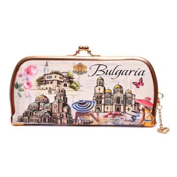 Сувенирно портмоне от изкуствена кожа с изобразени - двореца в Балчик, Варненската катедрала и Храм - паметника Ал