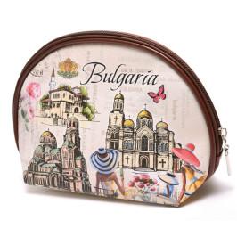 Сувенирно портмоне с цип, изработено от изкуствена кожа с изобразени - двореца в Балчик, Варненската катедрала и храм - паметника Ал
