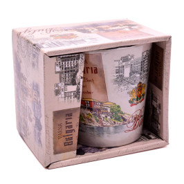 Сувенирна керамична чаша, декорирана със забележителности от Варна, Несебър, Слънчев бряг и Созпол