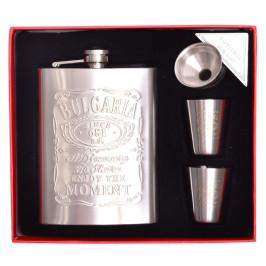 Стилна метална манерка за уиски с дозатор и две чашки, декорирани с надпис България