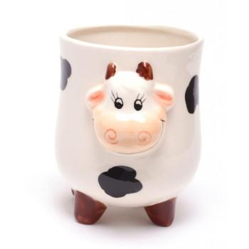 Забавна керамична чаша, декорирана с релефна глава на кравичка