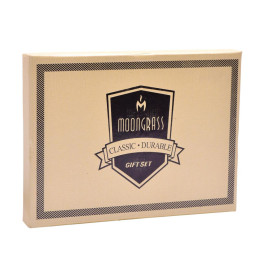 Луксозен подаръчен комплект, включващ табакера, ключодържател и химикал