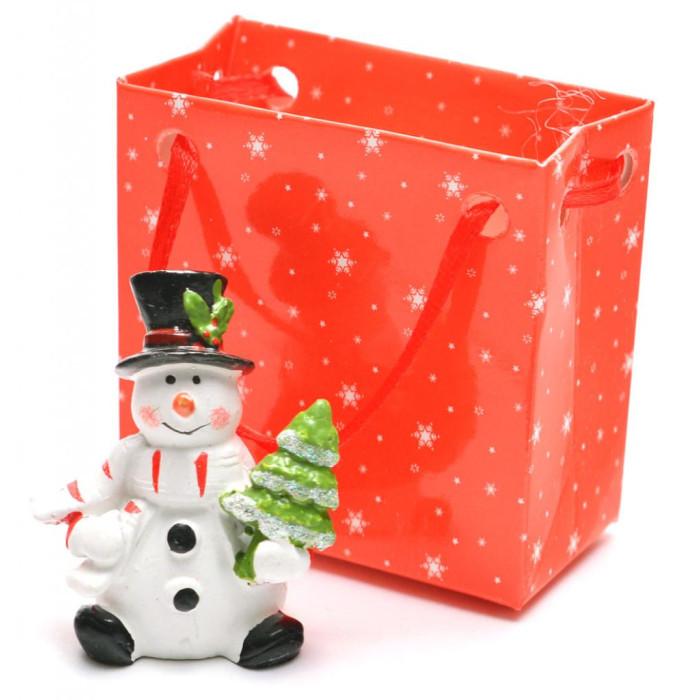 Декоративна фигурка - снежен човек, в подаръчна торбичка, подходяща за тематична украса