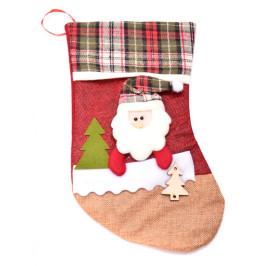 Декоративен коледен чорап, апликиран с коледни мотиви