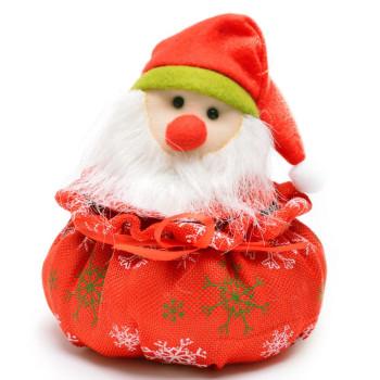 Коледна кошничка с джудже върху капака, подходяща за тематична декорация