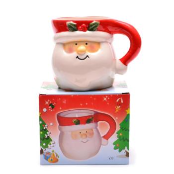 Керамична чаша за топли напитки с Дядо Коледа