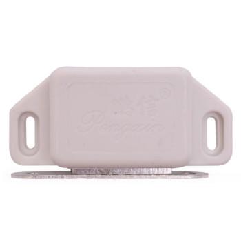 Бял шнапер, изработен от PVC материал