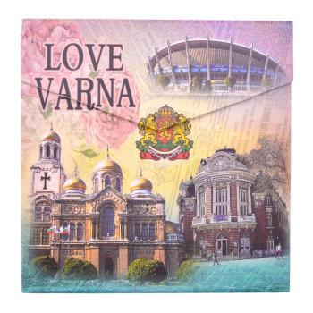 Сувенирен джобен тефтер, декориран със забележителности от Варна